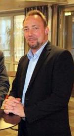Stig Björne, 150 × 274